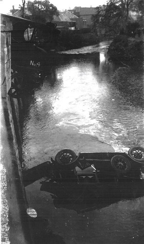 Tennents Beer Truck Fallen into Maryhill Canal 1930s