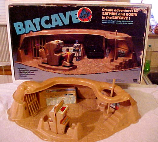 pocketheroes_batcave