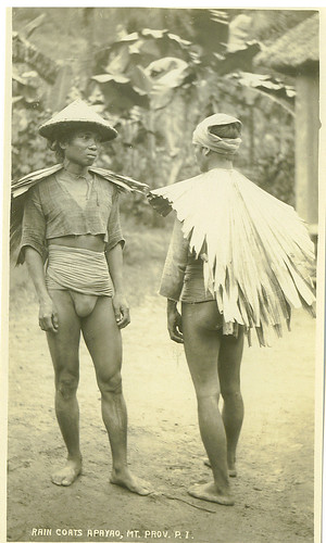 Apayao, Mt Province Igorot men wearing rain coats traditional clothes indigenous Philippinen  菲律宾  菲律賓  필리핀(공화�) Pinoy Filipino Pilipino Buhay  people pictures photos life philippines, rural, man, raincoat igorot black white old g string bahag