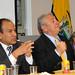 Jorge López, Consúl del Ecuador; Luís Chiriboga Acosta, Presidente de la Federación Ecuatoriana de Futbol y Francisco Acosta Espinosa, Secretario General de la F.E.F. en el consulado ecuatoriano.
