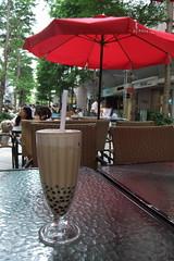 Pearl Milk Tea at Chun Shui Tang (_SlowRain_) Tags: taiwan taichung pearlmilktea