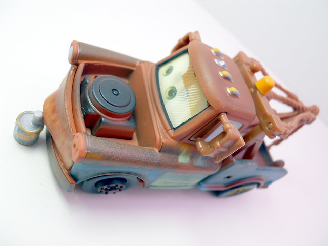 disney cars loose chase mater with oil can (3)