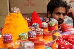 Pigment Powder (viwehei) Tags: old vacation india men colors beautiful rural portraits interesting asia photographer desert faces market gorgeous indian traditional atmosphere guys camel turban