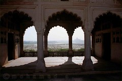 thajmahal aview from agra fort (MOHAMED A.) Tags: india travelling canon river landscape pattern puzha thajmahal