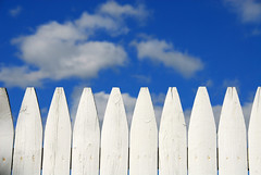 Google Answers: Residential Fence Building Laws/Codes