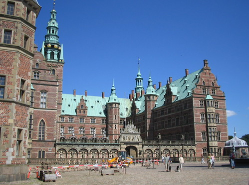 Frederiksborg slot: Slottet
