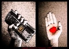 Money OR Love (Mashael Al-Shuwayer) Tags: money love nikon coolpix s8 nikoncoolpixs8 newburning