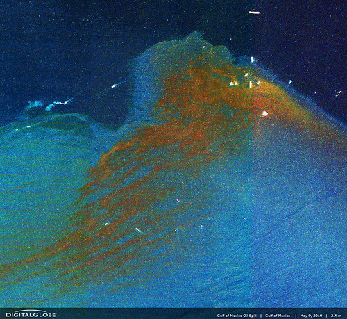 satellite image of Gulf spill in May (by: DigitalGlobe, creative commons license)