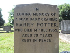 Rem 107a (Philip Snow) Tags: grave yorkshire harry potter