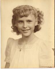 048_48e (hapersmion) Tags: genealogy oldphotos oldfamilyphotos