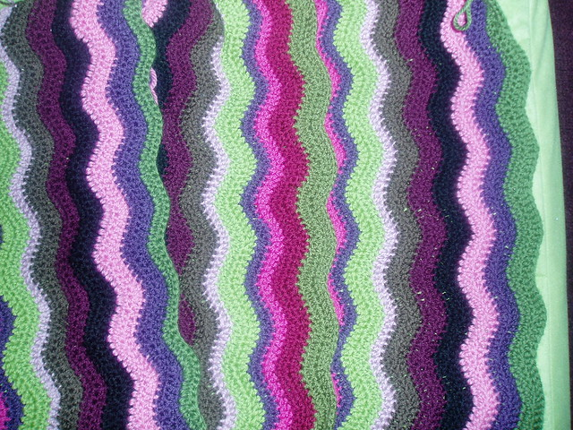WT1077 Ripple Ease Crochet Afghan - Sewing, Needlecraft, Thread