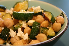 zuchinni chickpea salad
