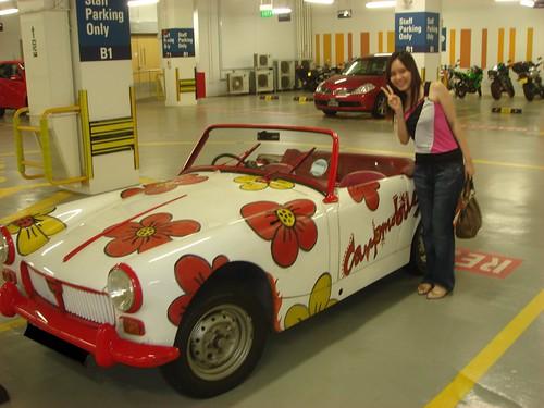 Starmist & the cute vintage car!
