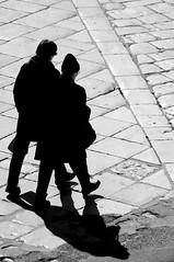 L'amore  un'ombra (cagiflickr) Tags: donna pessoa nikon women strada ombra bn ombre basilicata fragile amore bianconero biancoenero siluette coppia centrostorico solitudine lucania contrasti lastrada curiosit bwemotions lucane monocromatico bnpersone anawesomeshot flickrestrellas cagi gentedivenosa yourcountry oltusfotos blackwait neroamet animaazione