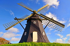 The windmill (Tambako the Jaguar) Tags: door sky brown mill windmill grass architecture buildings denmark nikon holidays wideangle propeller d300 vestervig mygearandmepremium mygearandmebronze mygearandmesilver mygearandmegold mygearandmeplatinum mygearandmediamond