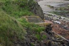 Busted pillbox (Sandy Beach Cat) Tags: uk scotland ww2 defence worldwar2 pillbox zoid tanktrap tyneinghame tyneingham machinegunpost
