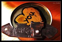 Amor en conserva (vuestro homenaje) (Your tribute) (Jm Valde.) Tags: hipbotunsquare