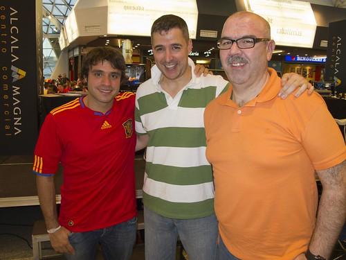 Alberto, Dany y José Cue