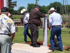 Great Western Cattle Trail Marker Installation