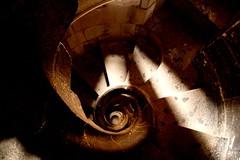 Escalera de la Sagrada Familia (catirebcn) Tags: barcelona church familia stone temple stair catedral iglesia catalonia escalera gaudi catalunya sagradafamilia sagrada templo catalua caracol piedra catrhedral