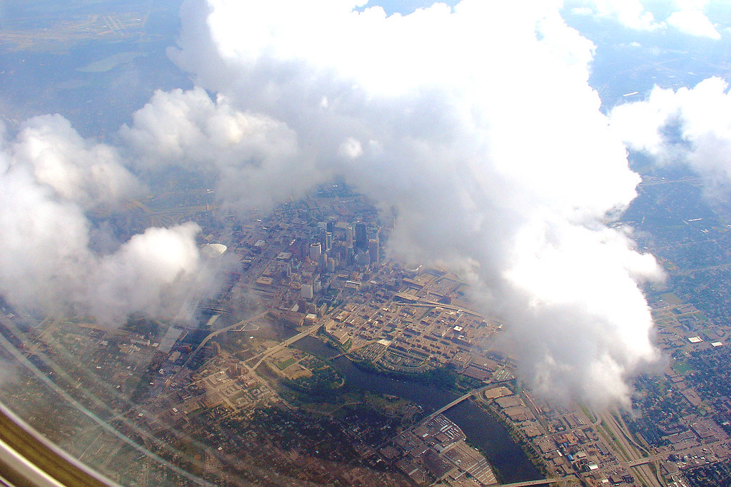 NWA Flight over Minneapolis, 28 July 2005