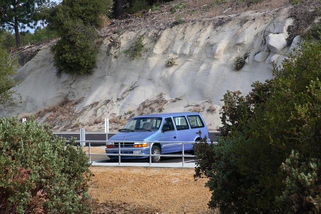 cars 1993 dodge caravan