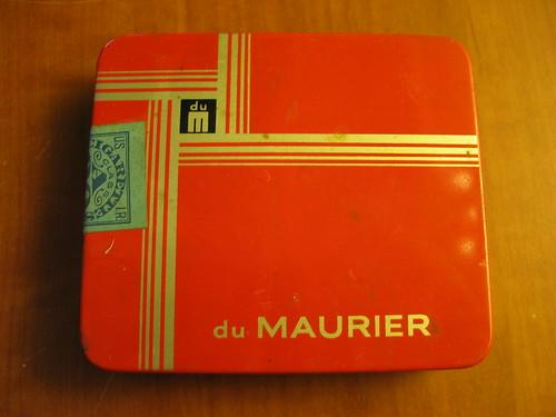 du Maurier cigarette tin