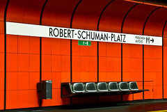 Change of perspective (manganite) Tags: red signs green texture colors wall digital buildings germany underground subway geotagged nikon colorful europe bonn pattern metro tl empty seats onecolor d200 exit subwaystation minimalism nikkor dslr emergency minimalistic northrhinewestphalia thecolorred 18200mmf3556 utatafeature manganite nikonstunninggallery challengeyou challengeyouwinner date:year=2007 geo:lat=5070663 geo:lon=7137782 date:month=september date:day=15 format:ratio=32
