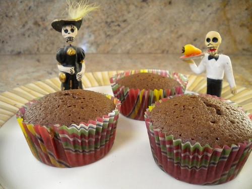 dia de los muertos... or dia de los cupcakes?