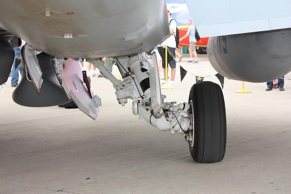 EAA10_EA-18G_38