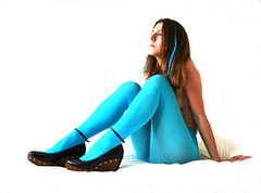 Day #159 - Blue, Blue, Electric Blue... (sosij) Tags: blue shoes tights 365 inbed davidbowie soundandvision day159 killerheels week25 52weeks iboughtthesecoolbluetightsinkrakow theyreallyarethisblue iremovedthebedheadipreferitwithout top25blue