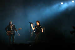 The Rolling Stones - Isle of Wight Festival 2007 (s0ulsurfing) Tags: light music black festival rock dark island lights concert singing zoom guitar stones live stage gig performance band festivals atmosphere 300mm telephoto sing isleofwight microphone mick rocknroll isle rollingstones wight rockfestival 2007 jagger mickjagger thestones isleofwightfestival supershot s0ulsurfing