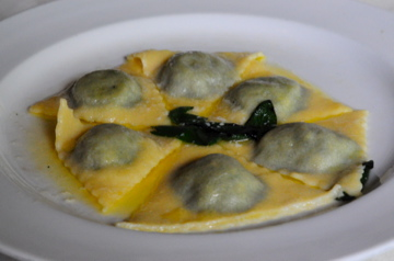 Ravioli with Spinach & Ricotta in Sage-Butter Sauce