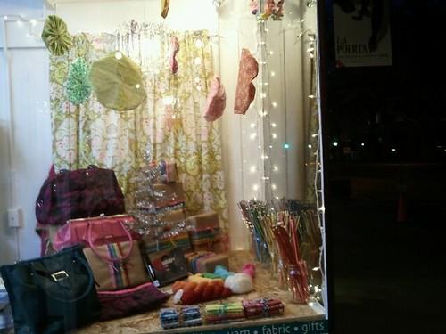 Tangle holiday windows