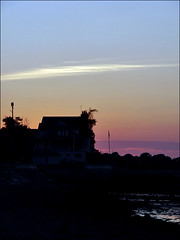 drawn to it. (eocenean) Tags: sky house beach silhouette clouds quincy dusk massachusetts sonydsch5