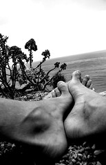 WANDERFOOT (Be Water My Friends) Tags: feet water wonder foot thought horizon think dream soul create ponder inspire wander wanderfoot wanderfeet