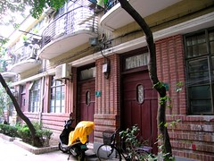 Jian Guo Lu - An-He Terrace - Shanghai (John Meckley) Tags: china door travel brick architecture geotagged asia shanghai balcony historic doorway artdeco grillwork 中国 上海 xuhui jianguo luwan geo:country=china geo:city=shanghai geo:district=xuhui geo:street=jianguo