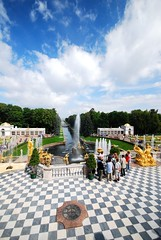 Peterhof, Saint Petersburg, Russia - by yasmapaz & ace_heart
