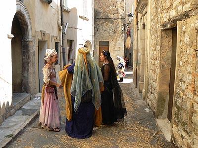 bavardages médiévaux.jpg