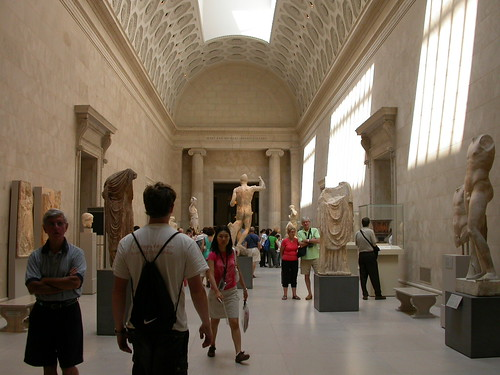 Antiquities hall, Met museum