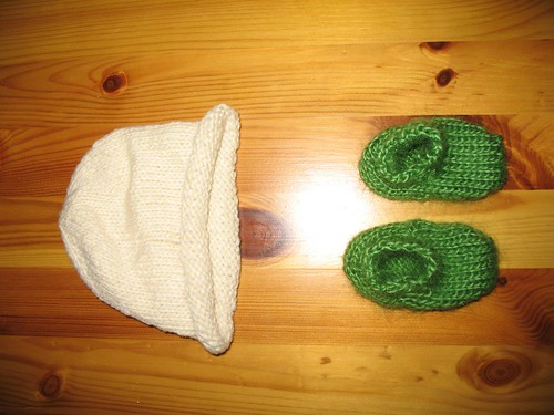 Baby hat and booties