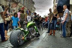 Harleydag Breda, NL (fatboyke (Luc)) Tags: show people records holland green beer dutch canon fun shine low wide lowlands nederland motorcycles august explore bands harleydavidson mopeds netherland breda breathtaking 2007 motorrad jupiler fatass sps podia flickrsbest harleydag eos400d