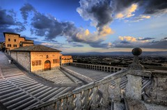 Assisi, Italy (R.o.b.e.r.t.o.) Tags: italy italia searchthebest roberto hdr assisi umbria italians blueribbonwinner supershot abigfave colorphotoaward superaplus aplusphoto holidaysvacanzeurlaub hdrenfrancais travelerphotos diamondclassphotographer flickrdiamond ysplix excellentphotographerawards colourartaward flickrslegend