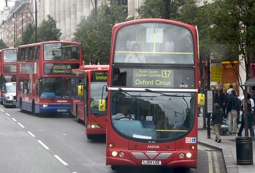 137 Bus of heroes