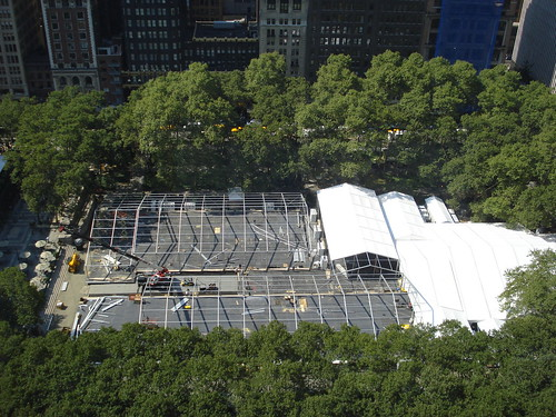 Bryant Park will go tent-free after 2009, much to the glee of sun bathers and ice skaters. Click for an after shot (☆Mark☆/Flickr)