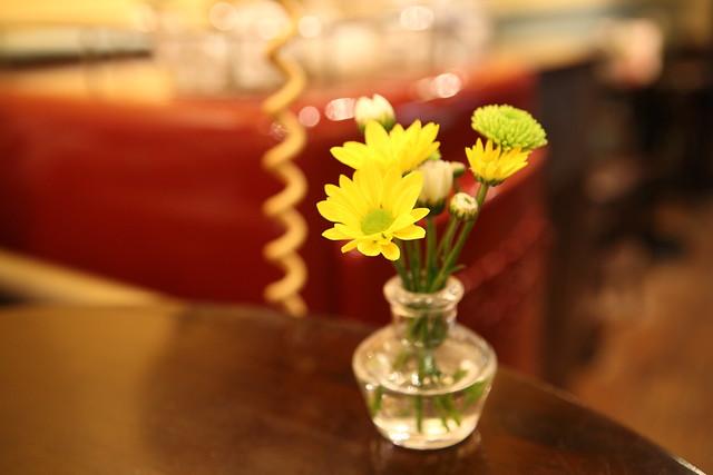 卓上のミニ生花