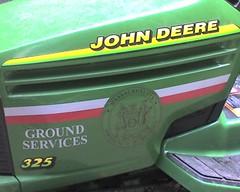 MIT Ground Services Uses John Deere (alist) Tags: tractor mit alist deere johndeere geen 02139 robison alicerobison