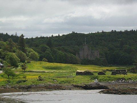 Scotland 5 008