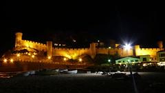 Vila vella (Tossa de Mar) (beljudmar) Tags: nocturna tossademar murallas