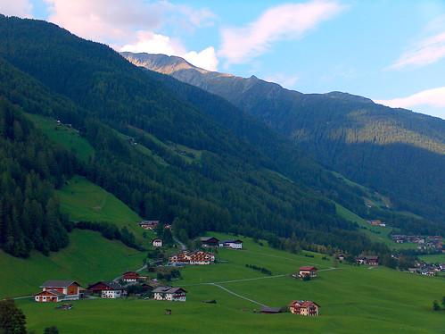 Veduta sulla Valle Aurina, Alto Adige, Italia